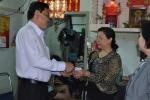 LĐLĐ Quận 11 thăm và tặng quà cho gia đình chính sách
