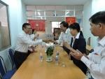 Ban Thường Vụ LĐLĐ Quận 11 đến thăm và chúc mừng Ủy ban mặt trận Tổ quốc quận 11 nhân kỷ niệm 84 năm ngày thành lập Mặt trận Dân tộc thống nhất Việt Nam.