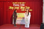 """Câu lạc bộ tài tử cải lương 622 """"Hát Cho Nhau Nghe"""" tổ chức họp mặt tất niên tổng kết hoạt động năm 2012."""