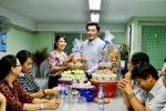 LĐLĐ, MTTQ, Hội CCB, Hội CTĐ, Quận đoàn quận 11 cùng đến thăm Hội LHPN quận 11 nhân ngày Phụ Nữ Việt Nam (20/10/1930 - 20/10/2018).
