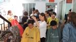 LĐLĐ quận 11 tổ chức hớt tóc miễn phí cho thanh niên nhập ngũ năm 2018